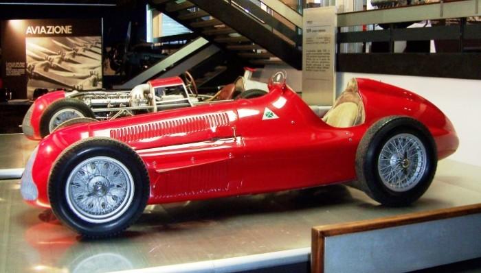 Alfa_Romeo_Alfetta_159_Arese_20070608-Copia-704x400