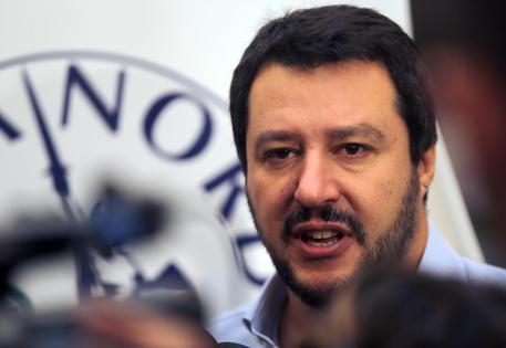 Il segretario della Lega Nord Matteo Salvini  incontra la stampa a margine del congresso del partito a Milano, 20 giugno 2015. ANSA / MATTEO BAZZI