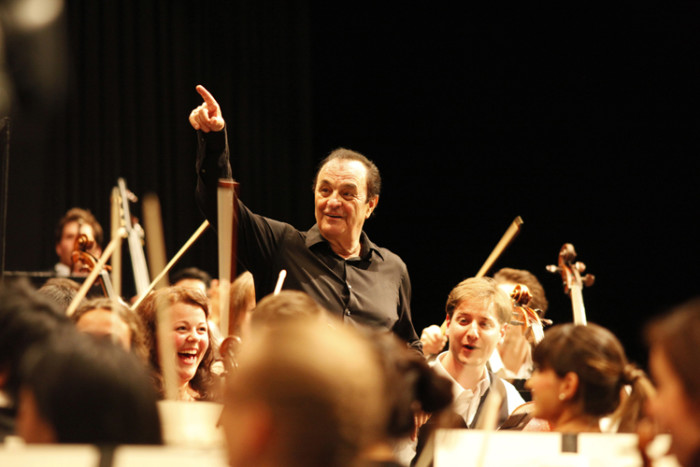 Festival-di-Verbier-2015_Charles-Dutoit-Music-Director-of-the-VFOm