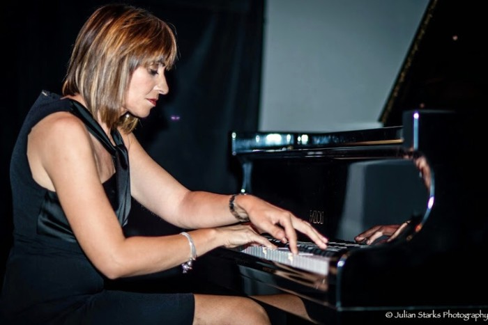 Giuseppina al pianoforte